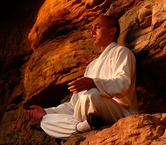 sifu-meditation-stein